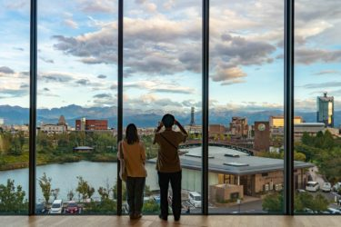 富山市から望む秋の立山連峰/環水公園スイートイルミネーション/市役所展望塔からの夜景