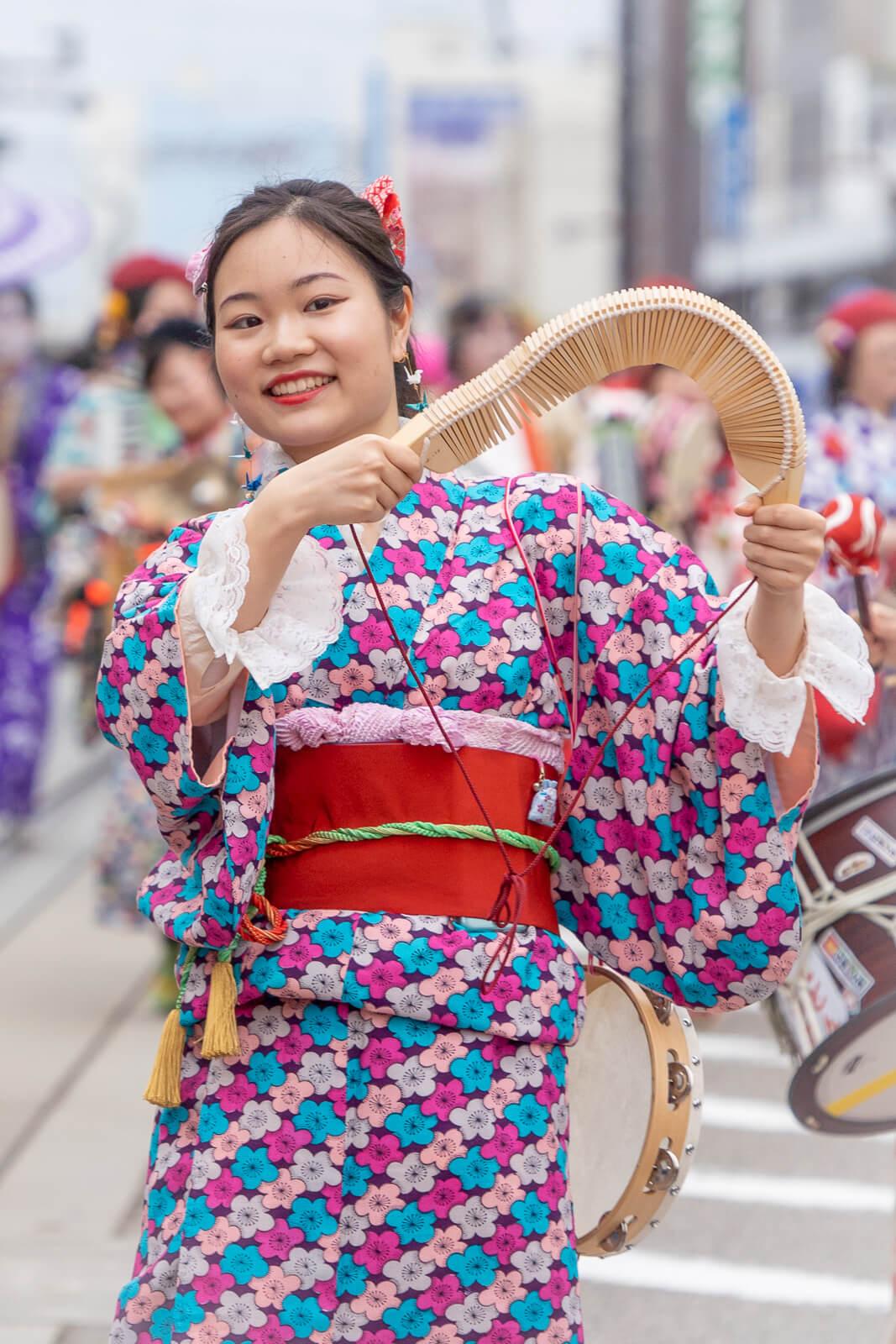 富山市平和通り チンドン大パレード2019